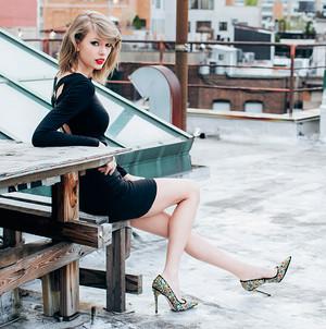 Taylor تیز رو, سوئفٹ 1989 photoshoot