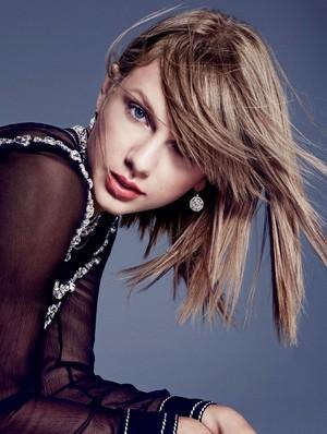 Taylor mwepesi, teleka Bazaa Photoshoot