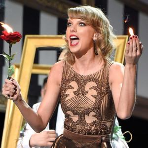 Taylor 빠른, 스위프트 Performance At AMAS