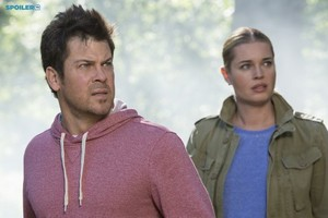The Librarians - Episode 1.05 - And The mansanas of Discord - Promo Pics