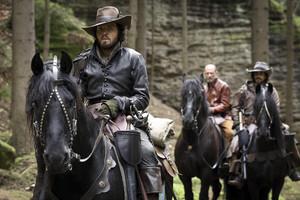 The Musketeers - Season 2 promotional fotografias