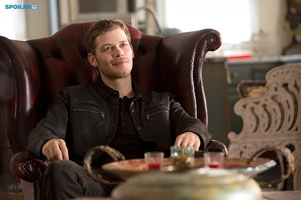 The Originals 2.10 ''Gonna Set Your Flag on Fire''