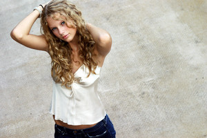 taylor when she was 14