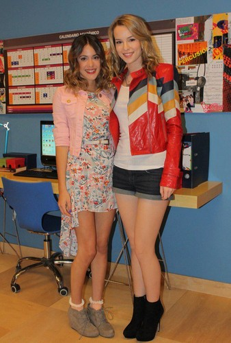 Violetta wallpaper possibly containing bare legs, a hip boot, and tights titled violetta y bridghit mendler