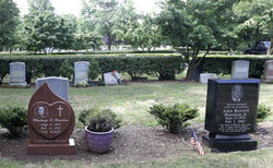 whitney houston grave