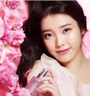 IU for 아이소이 isoi Korean cosmetics 693 x 743 JPEG