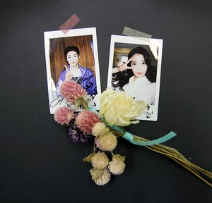150115 Winners of the ‪‎Unionbay‬ event will receive ‪IU‬ autographed Polaroid