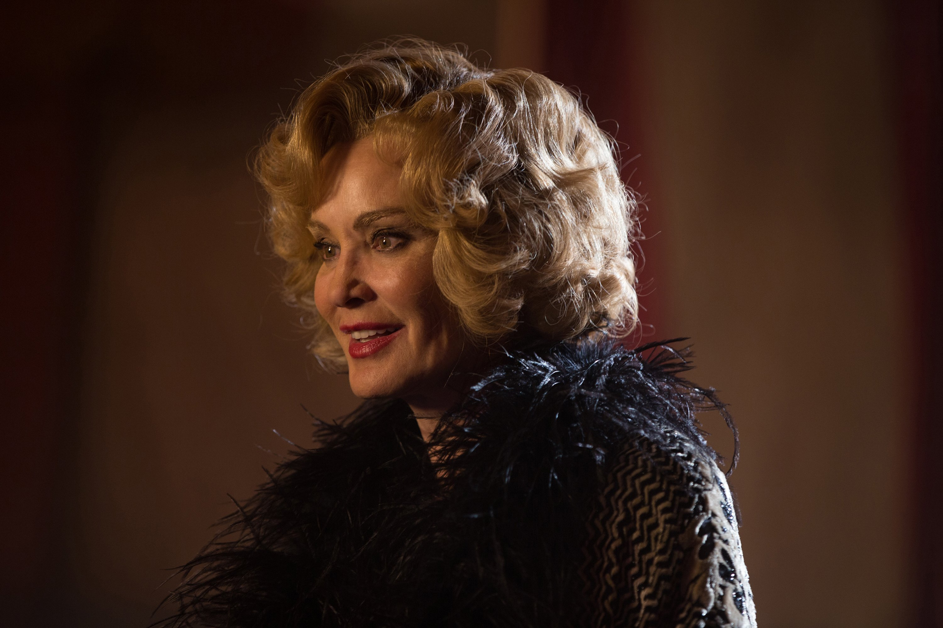 """AHS Freak Show """"Curtain Call"""" (4x13) promotional picture"""