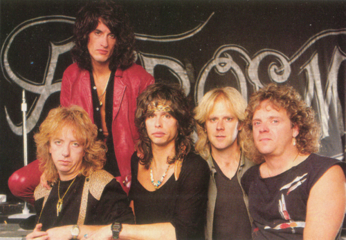Aerosmith Hintergrund entitled Aerosmith '85