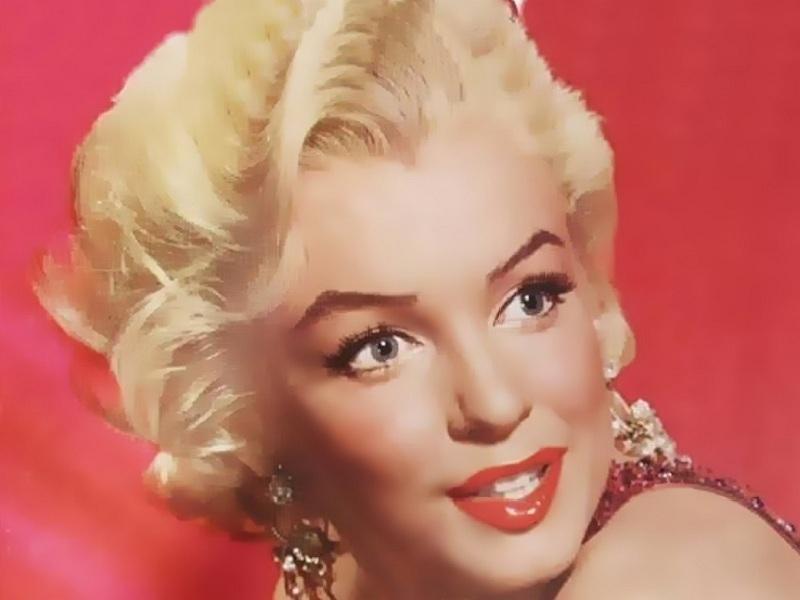 Elegant Marilyn
