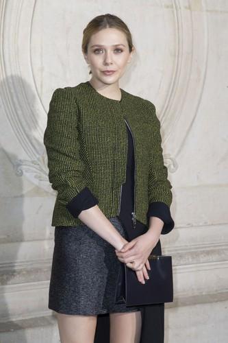 Elizabeth Olsen fond d'écran probably with a well dressed person called Elizabeth Olsen