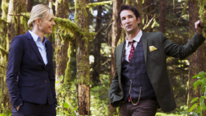 Eve and Flynn - 1x01