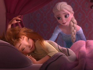 La Reine des Neiges Fever First images