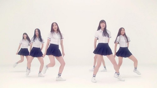 GFriend wallpaper titled G-Friend Glass Bead MV