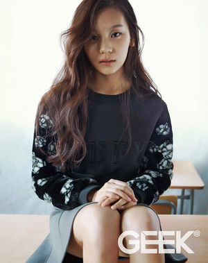 Umji‬ G-Friend for GEEK Magazine