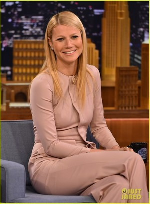 Gwyneth Paltrow @ The Tonight دکھائیں Starring Jimmy Fallon on Wednesday (January 14) in New York City.