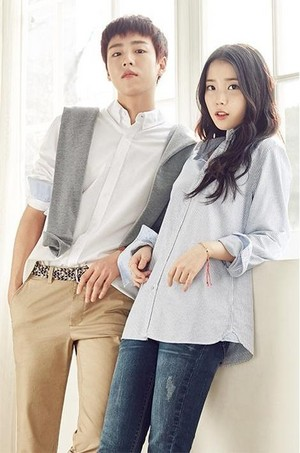IU & Hyunwoo - Unionbay