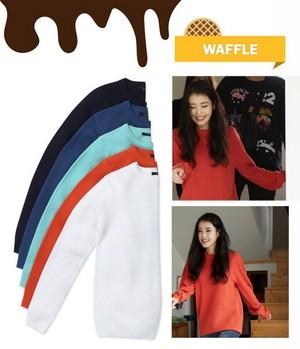 IU wearing Unionbay sweater