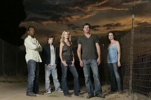 Jericho Season 1 Promotional Cast 照片