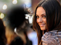 MILA KUNIS AND FAKE FANS SQUALL LEONHART - squall photo