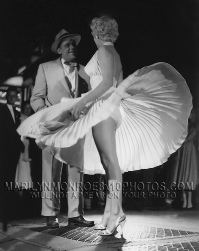 Marilyn Monroe achtergrond possibly with a business suit entitled Marilyn Monroe - The Seven Years Itch - Panties 1