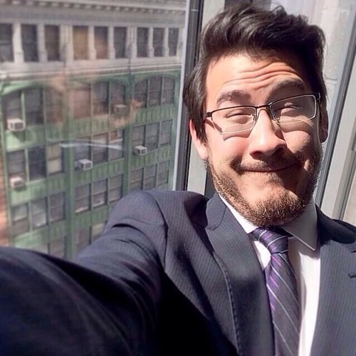 Markiplier karatasi la kupamba ukuta containing a business suit entitled Mark Fischbach