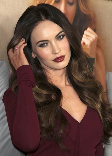Megan Fox wallpaper containing a portrait called Megan Fox