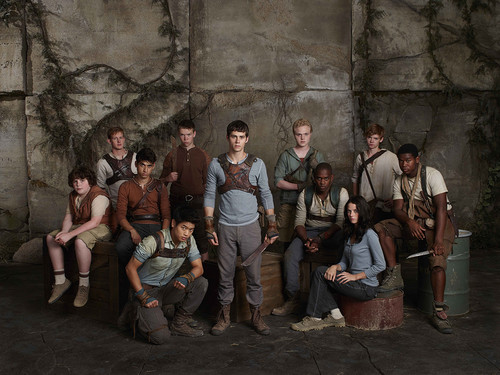 The Maze Runner 바탕화면 probably with a 거리 and a drawing room entitled New Maze Runner stills