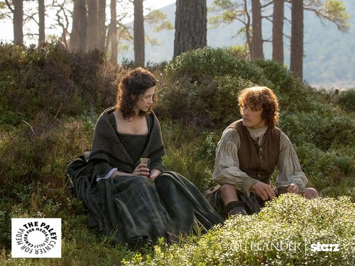 Outlander 2014 TV Series karatasi la kupamba ukuta titled Outlander Season 1 Promotional Picture