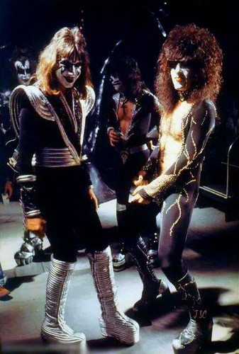 KISS wallpaper possibly with a hip boot and a concert entitled Paul Stanley and Ace Frehley 1978