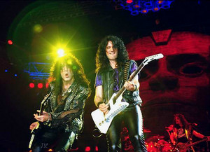 Paul Stanley and Bruce Kulick 1992