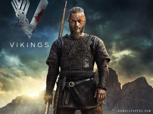 Vikings (serie tv) wallpaper probably with a sopravveste, surcotto and a tabard titled Ragnar wallpaper