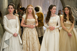 "Reign 2x12 - ""Banished"" 