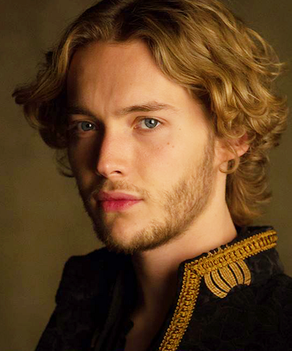 Toby Regbo wallpaper possibly containing a portrait entitled Reign / S.2 promo