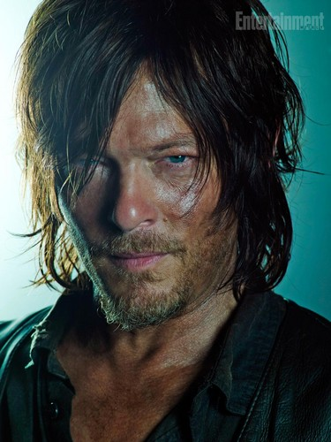 The Walking dead wallpaper probably with a portrait titled Season 5B Promo ~ Daryl Dixon