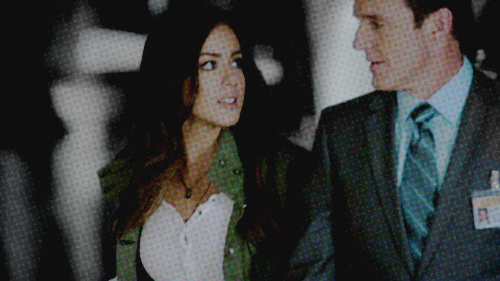 Skye (Agents Of S.H.I.E.L.D) 壁纸 containing a business suit, a suit, and a three piece suit called Skye and Coulson ♥
