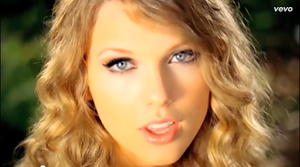 Taylor 迅速, スウィフト Is Hot In Her Mine 音楽 Video From 2010
