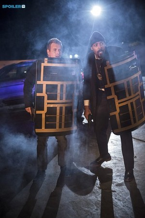 The Flash - Episode 1.10 - Revenge of the Rogues - Promo Pics