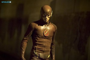 The Flash - Episode 1.12 - Crazy For You - Promo Pics
