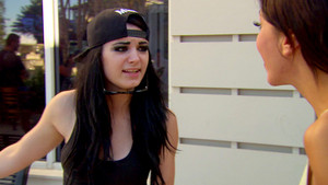 Total Divas - Season 3 Episode 14 Digitals