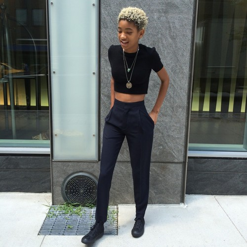 Willow Smith Hintergrund containing a business suit titled Willow Smith