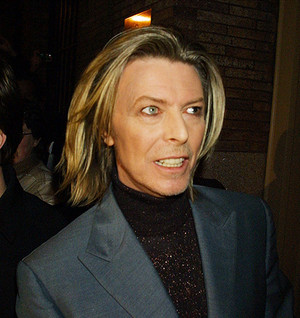 girly Bowie