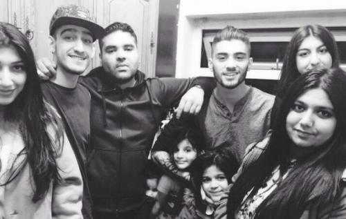 Zayn Malik Family Pictures Malik Family - Zayn Ma...
