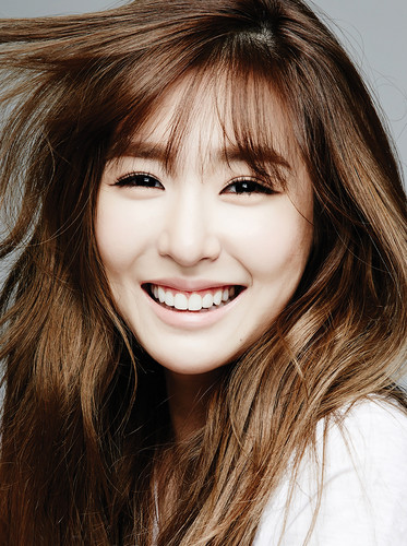 Tiffany Hwang wallpaper with a portrait called  Tiffany – Oh Boy! Korea