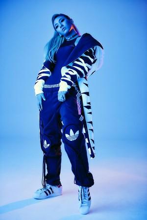 2NE1 CL for Adidas 2015