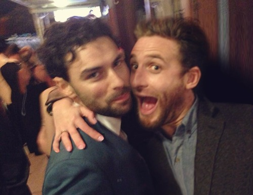 Aidan Turner achtergrond probably containing a business suit called Aidan Turner and Dean O'Gorman