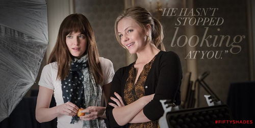 Fifty Shades-Trilogie Hintergrund probably with a portrait entitled Anastasia and Kate