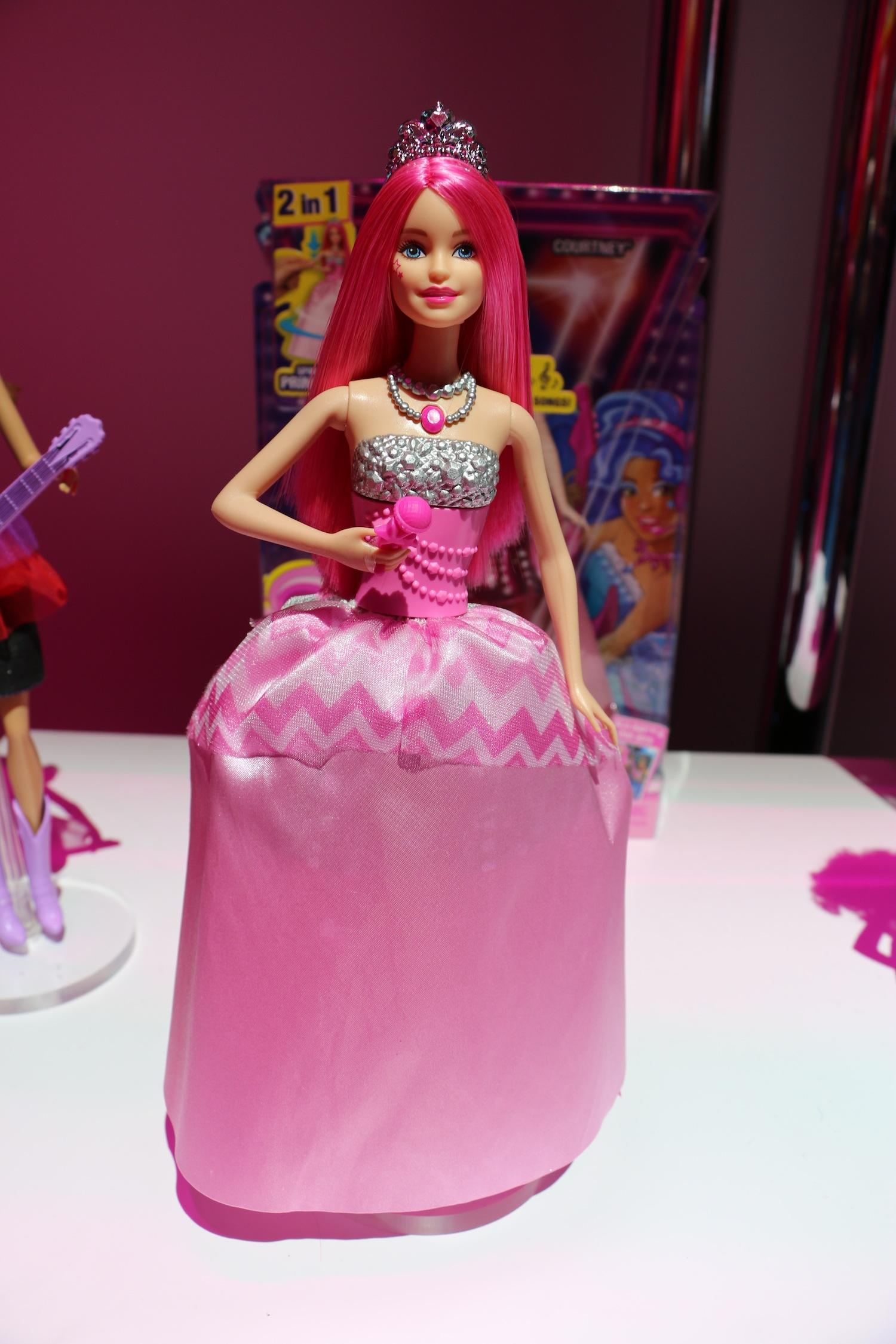 Barbie in Rock'n Royals Courtney Doll