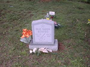 Brad Renfro grave