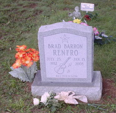beroemdheden who died young achtergrond with a gravestone entitled Brad Renfro grave